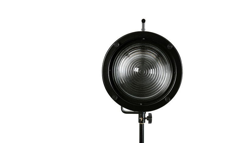 Купить - Bowens Линза Френеля BOWENS FRESNEL 200 SPOT ATTACHMENT (BW-2914)