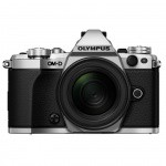 Фото - Olympus OLYMPUS E-M5 mark II 12-50mm Kit серебристый/черный (V207042SE000)