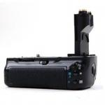 Фото -  Батарейный блок Meike Canon 5D (BG-E11) (DV00BG0033)