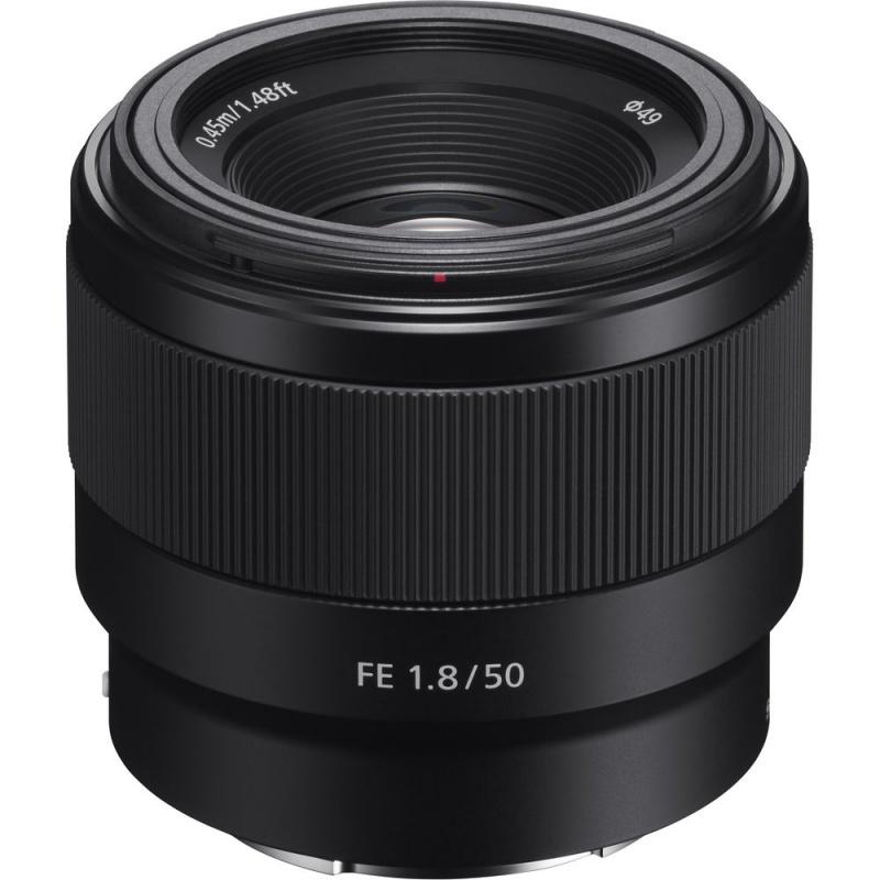 Купить - Sony Объектив Sony 50mm, f/1.8 для камер NEX FF (SEL50F18F.SYX)