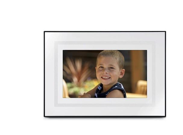 Купить -  Цифровая фоторамка Kodak EasyShare P720 (+ карта памяти SD 512 MВ)