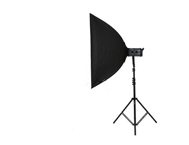 Купить -  Софтбокс прямоугольный BOWENS SOFTBOX 100 ( 100 x 100 см ) в комплекте с адаптером (BW-1680)