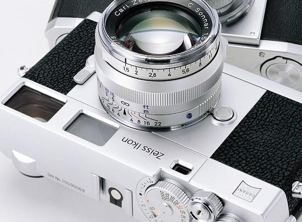 Купить -  Zeiss Ikon Limited Edition + C Sonnar T* 1.5/50 ZM kit Silver - дальномерная фотокамера в комплекте с объективом