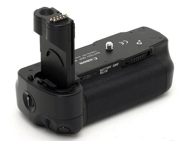 Купить -  Ручка-держатель аккумуляторов Canon BG-E4 Battery grip