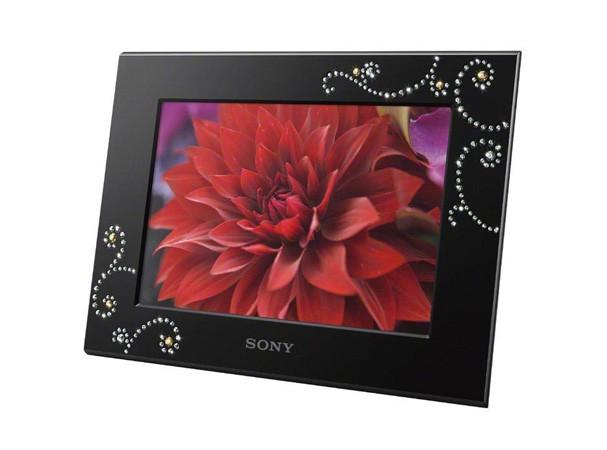 Купить -  Sony DPF-C700 Swarovski Black