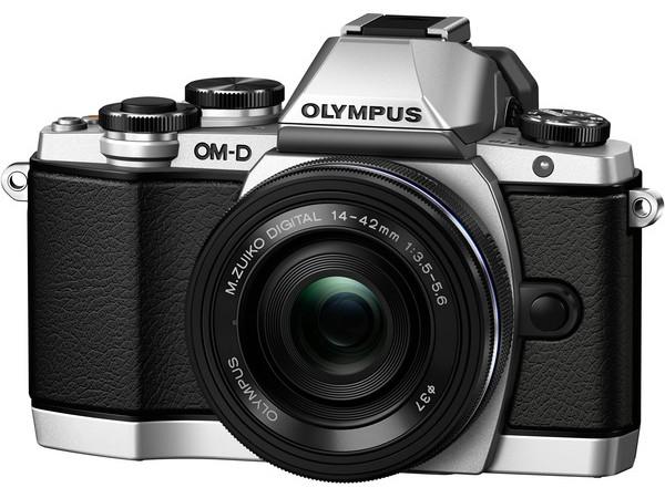Купить - Olympus OLYMPUS E-M10 pancake zoom 14-42mm Kit серебристый (V207024SE000)