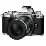 Фото Olympus OLYMPUS E-M5 mark II 12-50mm Kit серебристый/черный (V207042SE000)