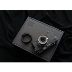 Фото -  Carl Zeiss Zeiss Ikon + Biogon T* 2.8/21 ZM kit Black - дальномерная фотокамера в комплекте с объективом