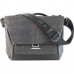 Фото -  Сумка для фото Peak Design The Everyday Messenger 13' Charcoal (BS-13-BL-1)