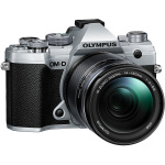 Фото - Olympus Olympus E-M5 Mark III 14-150mm II Kit Silver/Black (V207091SE000)